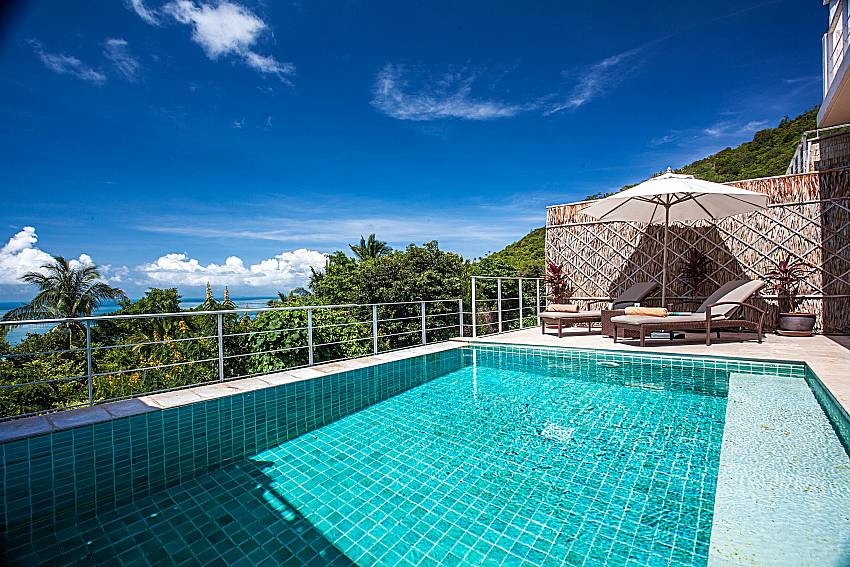 Swimming pool of Baan Phu Kaew C5