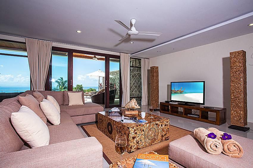 Living room of Baan Phu Kaew C5