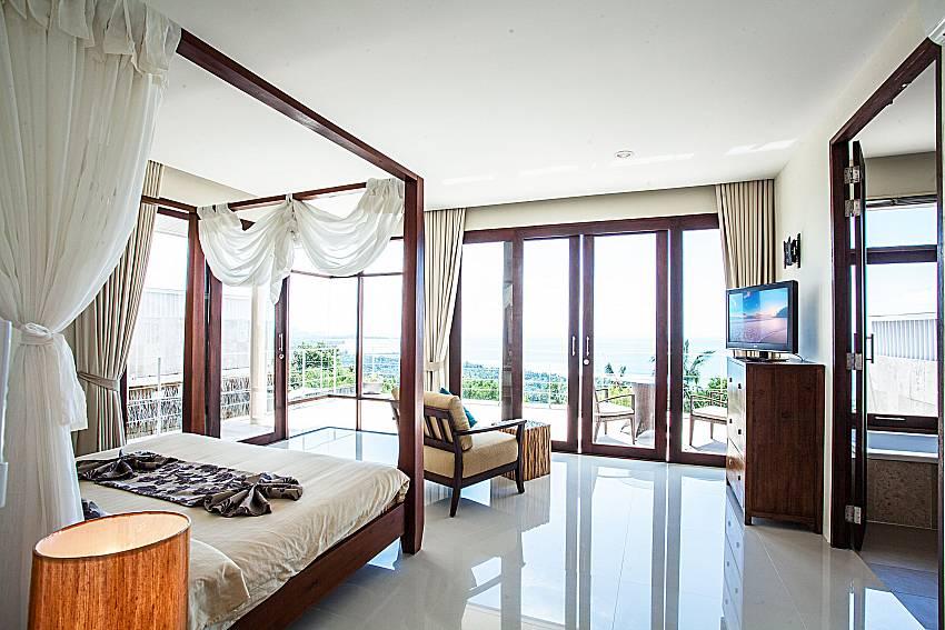 Bedroom overlooking outside of Baan Phu Kaew C5 (Third)