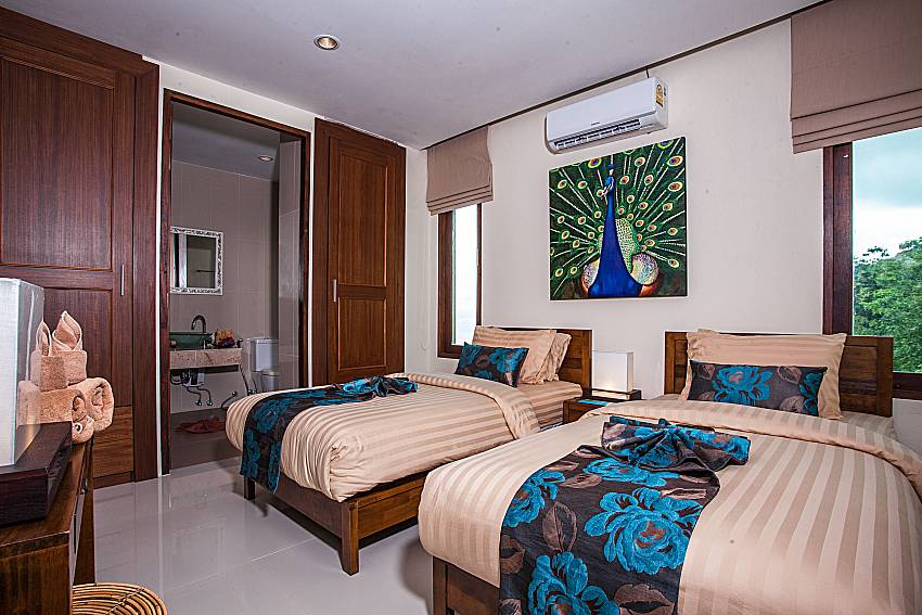 Double bedroom with toilet of Baan Phu Kaew A2 (First)