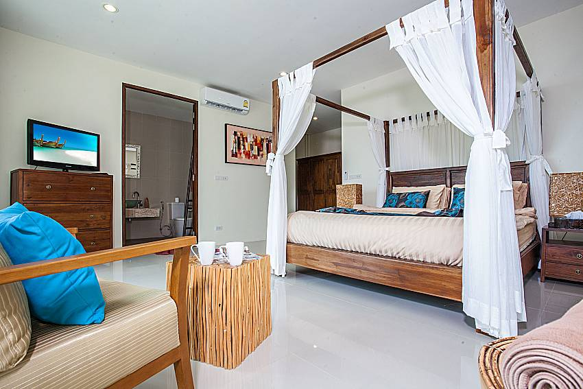 Bedroom with TV of Baan Phu Kaew A2 (Second)
