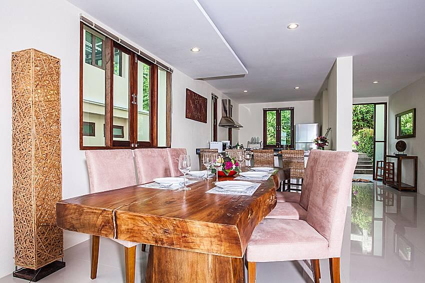 Dinning table of Baan Phu Kaew A3