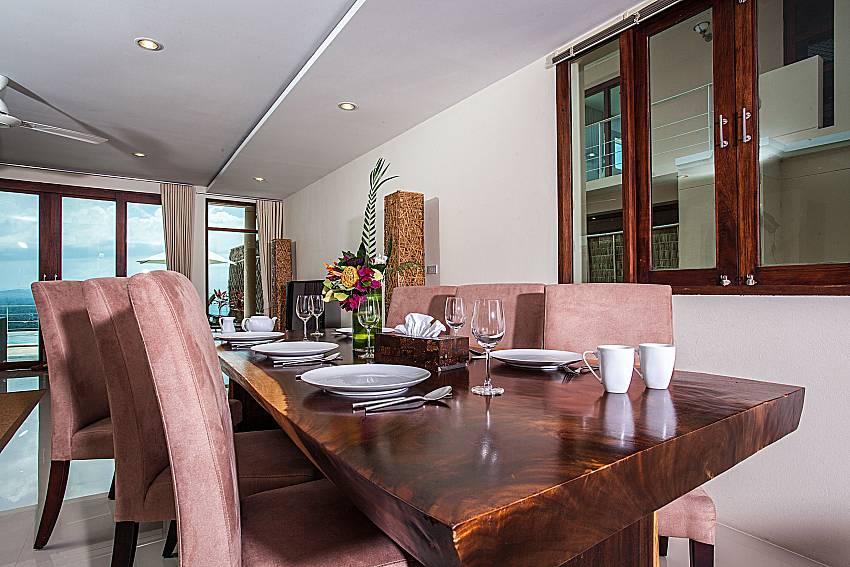 Dinning table of Baan Phu Kaew A4