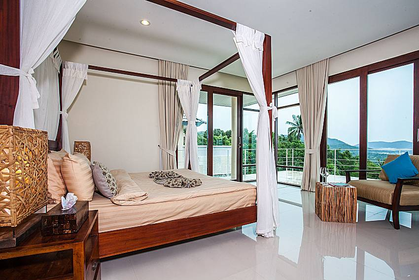 Bedroom with sofa of Baan Phu Kaew A5