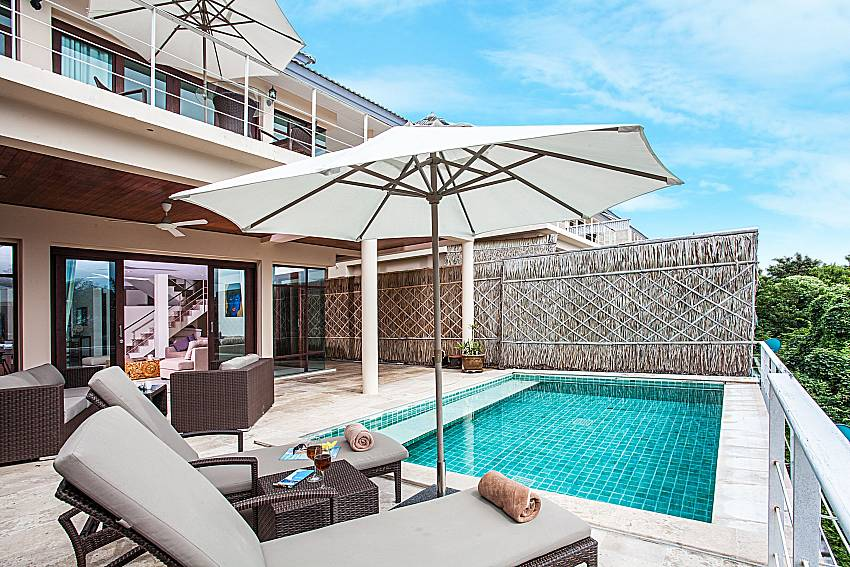 Swimming pool in font of the house of Baan Phu Kaew A5
