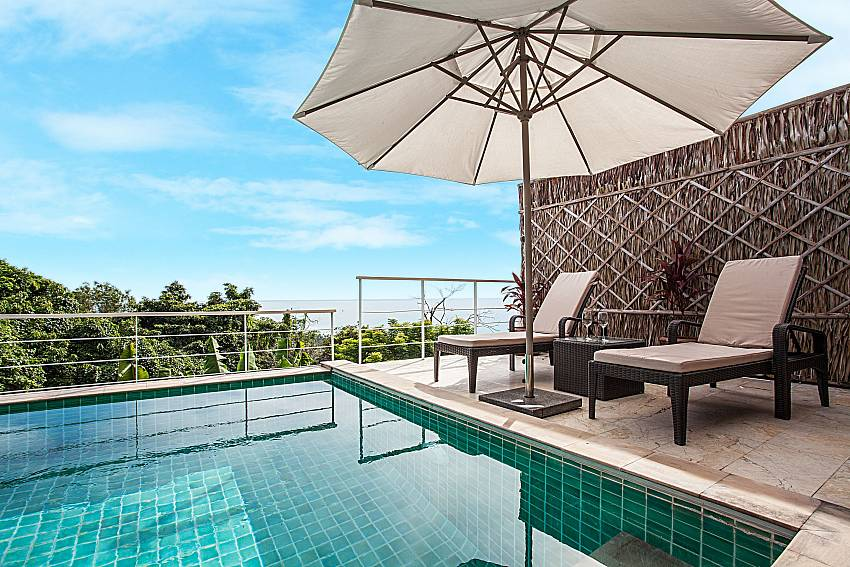 Swimming pool of Baan Phu Kaew A6