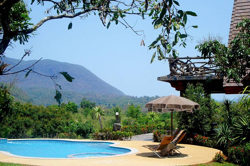 Spectacular Mountain and Jungle Views-Doi Luang_pool villa_Chiang Dao_Northern Thailand