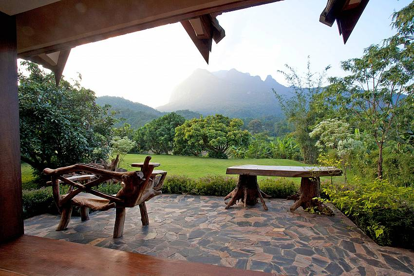 Stunning Veranda Views-Doi Luang_pool villa_Chiang Dao_Northern Thailand