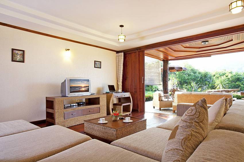 Luxurious Living Area-Doi Luang_pool villa_Chiang Dao_Northern Thailand