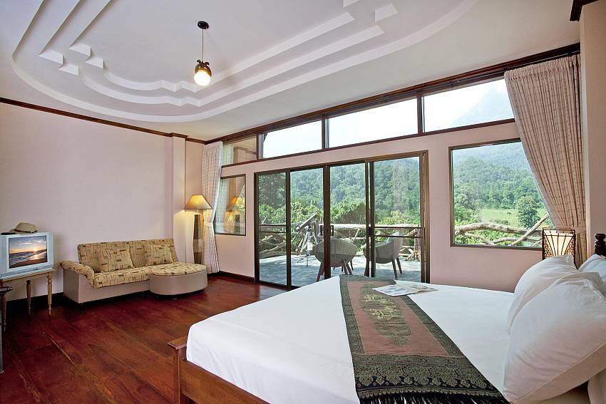 Spectacular Bedroom Views-Doi Luang_pool villa_Chiang Dao_Northern Thailand