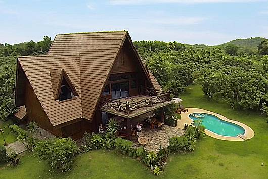 Rent Chiang Mai Villa: Villa Doi Luang Reserve, 6 Bedrooms. 18950 baht per night