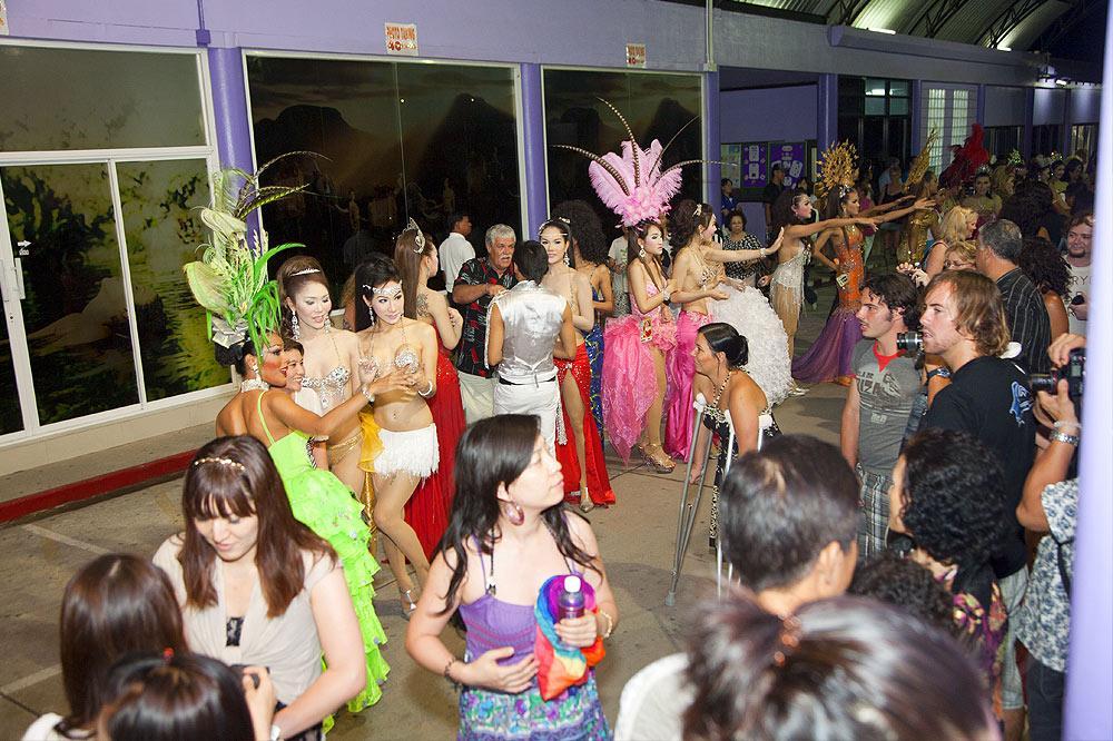 Ladyboy show phuket town-8163
