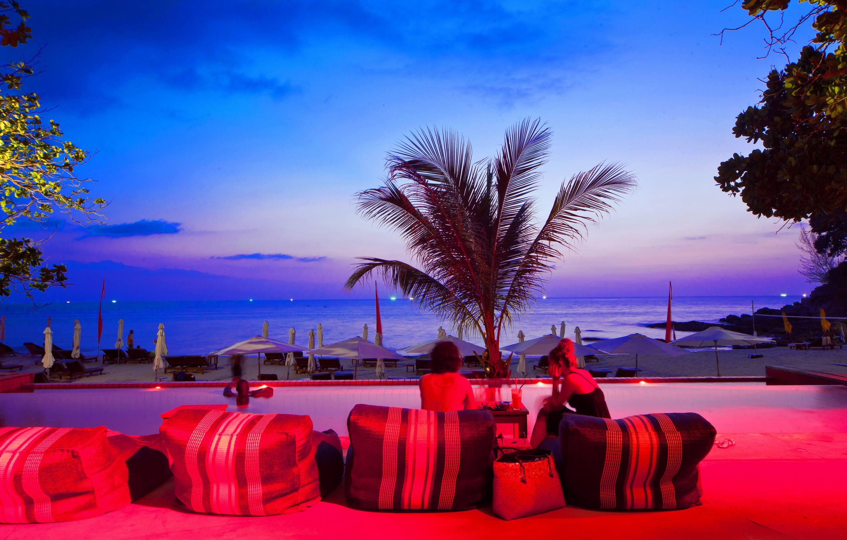 Zazada Beach Club at night