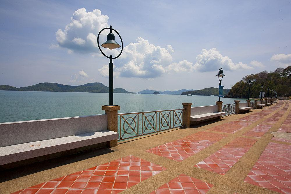 PHuket villas for rental
